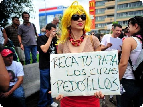 60 mujeres protestan durante la marcha de las putas for Putas ciudad jardin