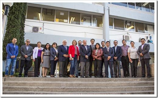 VISITA EVALUADORES FACULTAD DE CIENCIAS 00 UASL1358 (2)